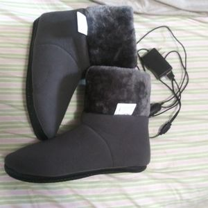 *SOLD*SOLD*New Heated Slippers ObboMed